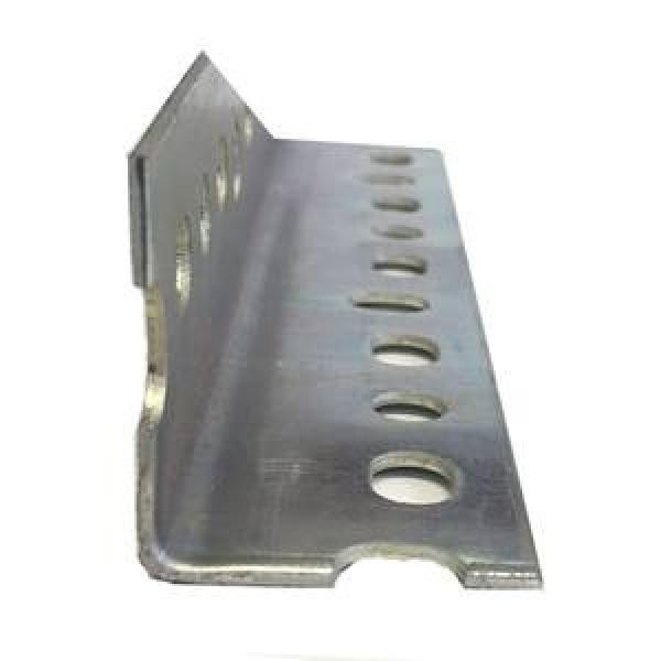 Low Price Corrosion Resistance Steel Angle Iron With Holes #1 image