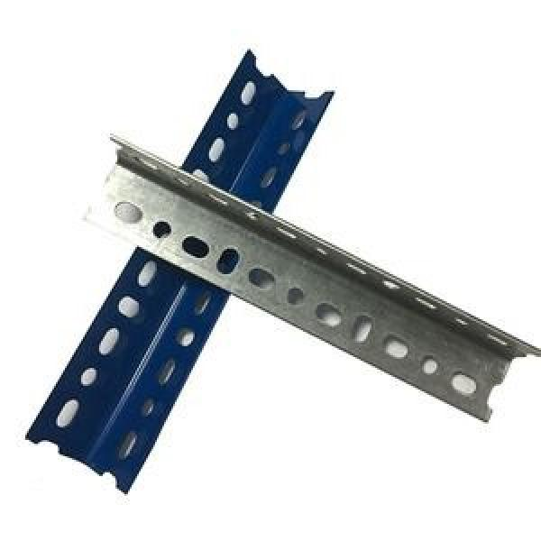 Low Price Corrosion Resistance Steel Angle Iron With Holes #3 image